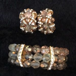 Vintage earrings bracelet set with storage bag/box